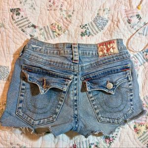 TRUE RELIGION CUTOFF DENIM JEAN SHORTS